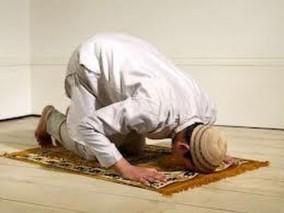 man pray